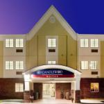Accommodation near Cavalier Family Skating Center - Candlewood Suites Colonial Heights - Fort Lee