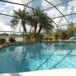 Gorgeous 3 Bedroom 2 Bath Pool Home in Eagle Pointe Kissimmee