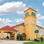 Tulsa Raceway Park Accommodation - La Quinta Inn And Suites Tulsa Airport