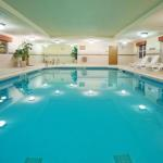 Henderson Stadium Accommodation - Country Inn & Suites By Carlson Macon North