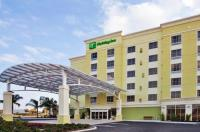 Holiday Inn Hotel Sarasota Airport Image