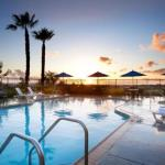 Hotels near Irvine Lake - Ayres Hotel & Spa Mission Viejo
