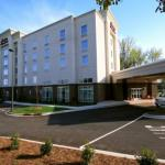 Hotels near Coyote Joes Charlotte - Hampton Inn & Suites Charlotte-Airport