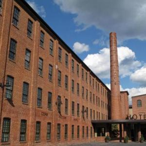 Chameleon Club Hotels - Cork Factory Hotel
