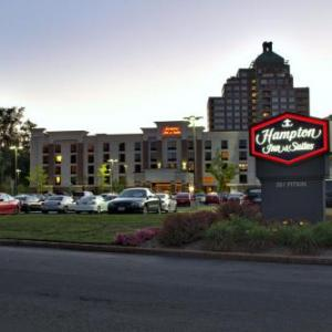 Rentschler Field Hotels - Hampton Inn And Suites East Hartford