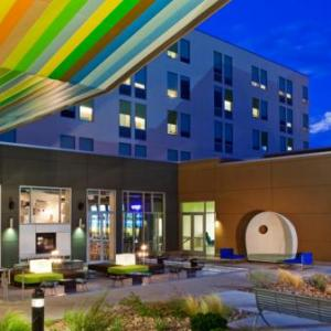 Hotels near 1st Bank Center - Aloft Broomfield Denver