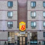Accommodation near Barclays Center - Super 8 Brooklyn