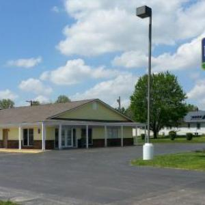 Regency Inn & Suites Pittsburg