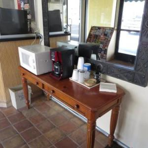 Travel Inn Lake Elsinore