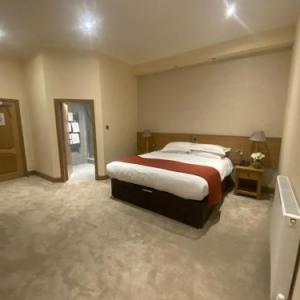Hotels near Carnegie Hall Dunfermline - The City Hotel