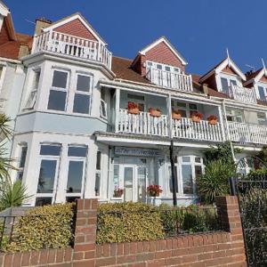 Hotels near Chinnerys - The Waverley