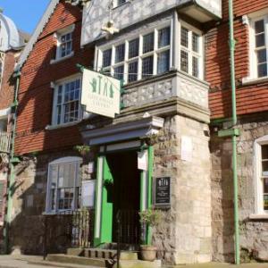 Hotels near Howells School Denbeigh - Guildhall Tavern Hotel & Restaurant