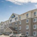 Days Inn & Suites by Wyndham Rochester South