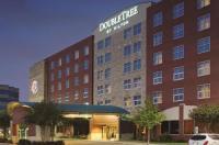 Doubletree By Hilton Hotel Dallas-Farmers Branch Image
