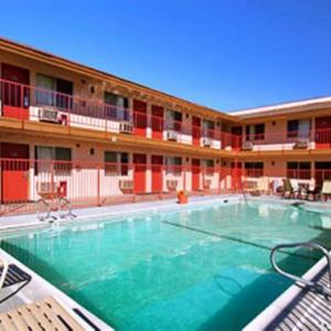 San Bernardino County Fairgrounds Hotels - Park Avenue Inn & Suites