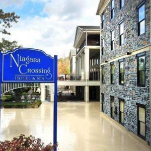 Hotels near Artpark - Niagara Crossing Hotel And Spa