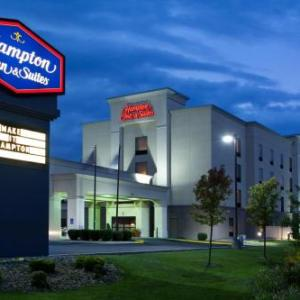 Moraine State Park Hotels - Hampton Inn & Suites Grove City