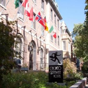 Hotels near Irish American Heritage Center - Chicago Getaway Hostel