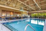 Chilton Wisconsin Hotels - The Shore Club Wisconsin, Ascend Hotel Collection