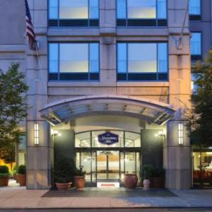 Voltage Lounge Hotels - Hampton Inn Philadelphia Center City-convention Center
