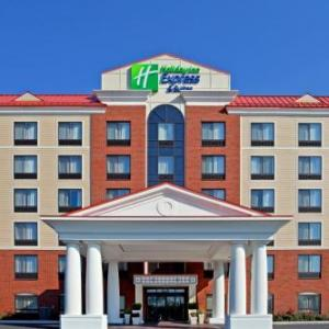 Hotels near Cohoes Music Hall - Holiday Inn Express Hotel & Suites Latham