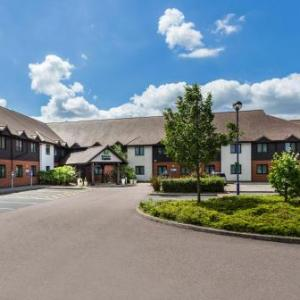 Three Wise Monkeys Colchester Hotels - Holiday Inn Express Colchester