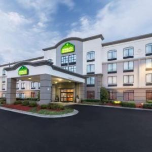 Hotels near Cabarrus Arena and Events Center - Wingate By Wyndham Charlotte Speedway/Concord