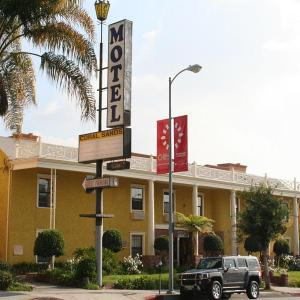 Greek Theatre Los Angeles Hotels - Coral Sands Motel