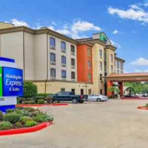 Hotels near Plaza Rodeo San Miguel - Holiday Inn Express Hotel & Suites Houston South-Pearland