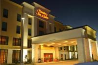 Hampton Inn And Suites Bastrop Image