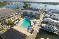 Cove Inn On Naples Bay Image