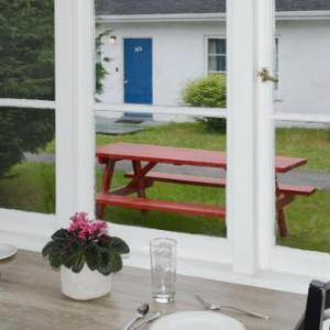Vancouver Alpen Club Hotels - 2400 Motel