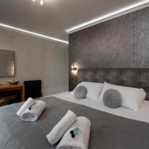 Hotels near Boston College UK - Quayside Hotel & Bar