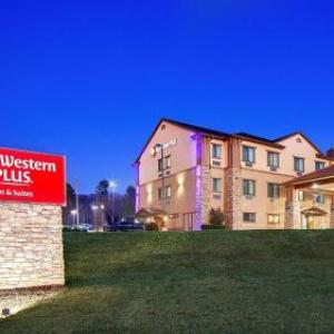 Best Western Plus Royal Mountain Inn Suites