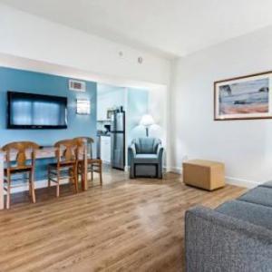 Virginia Beach Convention Center Hotels - The Atrium Resort