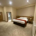 Hotels near PJ Molloys - The City Hotel