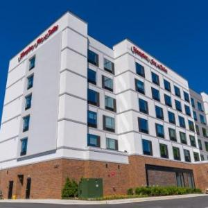 The Ritz Raleigh Hotels - Hampton Inn & Suites Raleigh Midtown NC