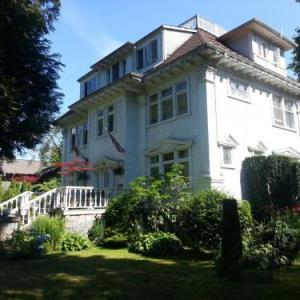 Balfour House