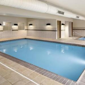 Country Inn & Suites by Radisson St. Peters MO