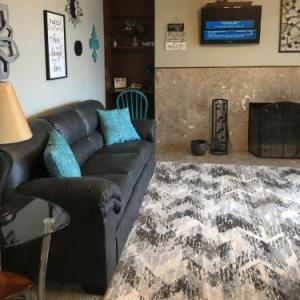 Anchorage Uptown Suites