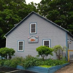 The Eis House