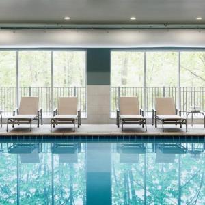 Holiday Inn Express & Suites - Milwaukee West Allis an IHG Hotel