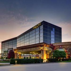 Hotels near E H Young Riverfront Park - Argosy Casino Hotel And Spa
