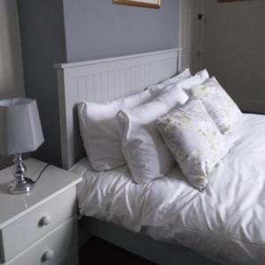 Hotels near Sandringham Estate - Coach & Horses