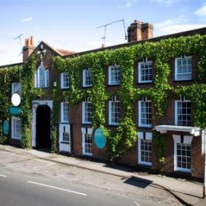 Hotels near RHS Garden Wisley - The Talbot Inn