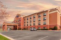 Fairfield Inn & Suites By Marriott Charlotte Matthews