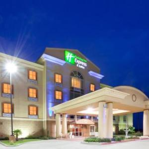 Thrillvania Hotels - Holiday Inn Express Hotel & Suites Terrell