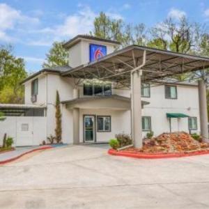 Hotels near Escapade 2001 Houston - Motel 6 Humble TX - Houston International Airport
