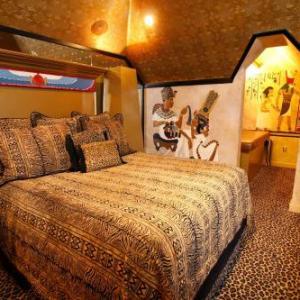 Black Swan Inn Luxurious Theme Rooms