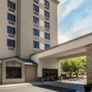 Oak Hollow Festival Park Hotels - Sleep Inn Airport Greensboro